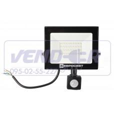 Прожектор 30w c датчиком движения 2700Lm 6400K IP65 EVRO LIGHT EV-30-504D